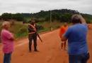 Militar do exercito atira em pneu de caminhão e causa confusão na rodovia Br 163